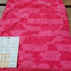 BNWT! TC Lularoe Vday bear leggings